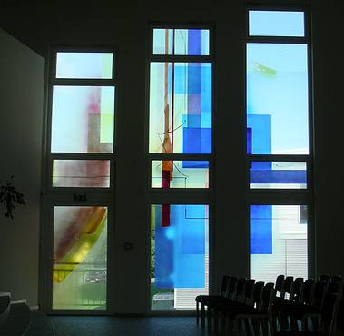 Processed in airbrush technique offers a large range of glass paint design with high durability, as the color is baked in the oven